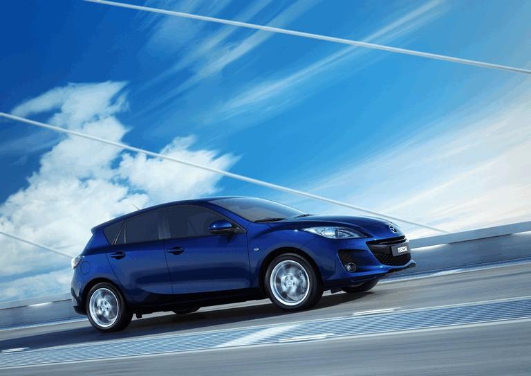 2011 Mazda 3 hatchback 319248