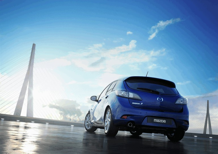 2011 Mazda 3 hatchback 319251