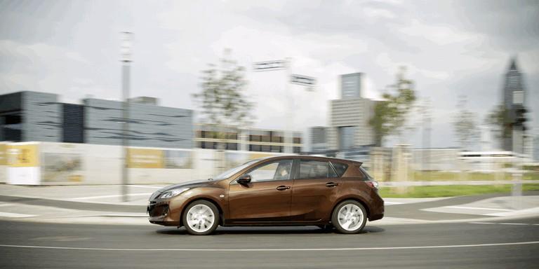 2011 Mazda 3 hatchback 319256