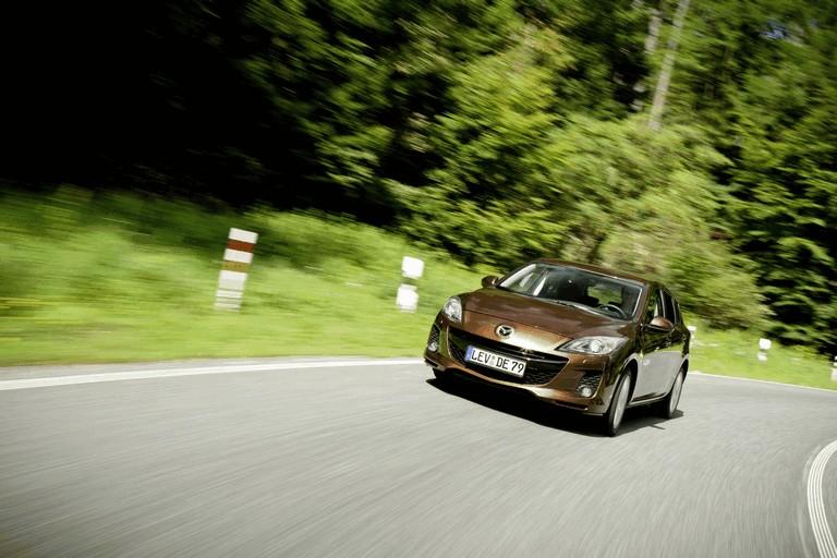 2011 Mazda 3 hatchback 319263