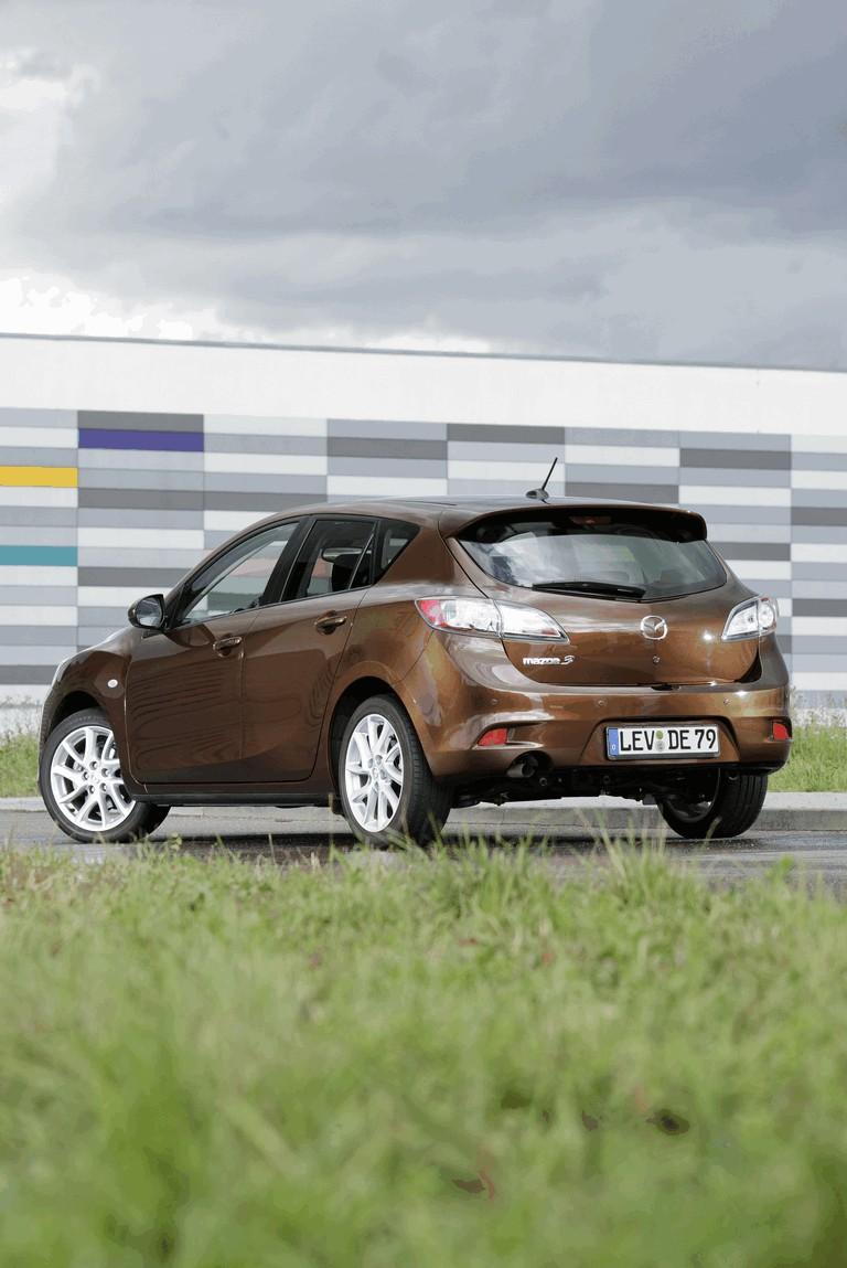 2011 Mazda 3 hatchback 319279