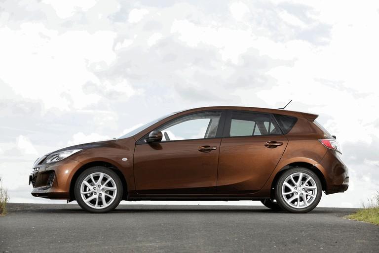2011 Mazda 3 hatchback 319284