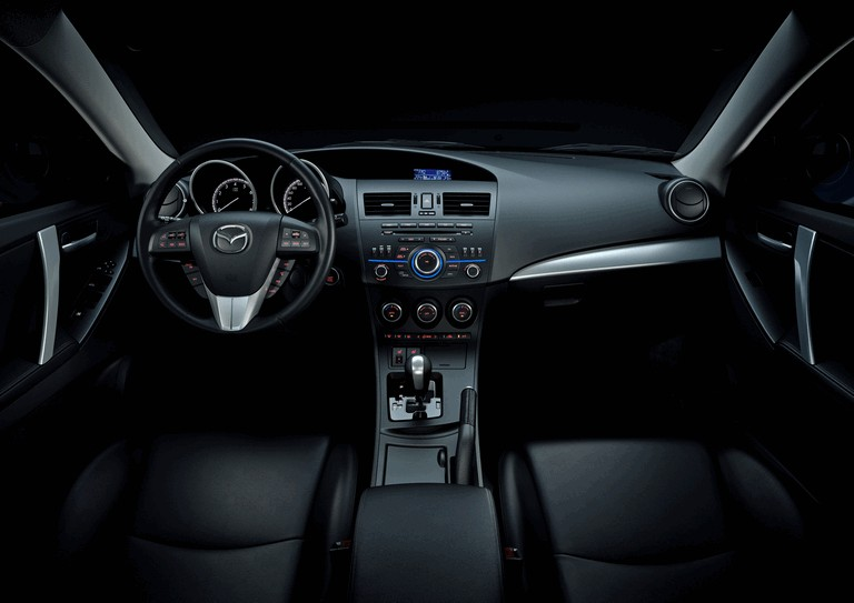 2011 Mazda 3 hatchback 319291