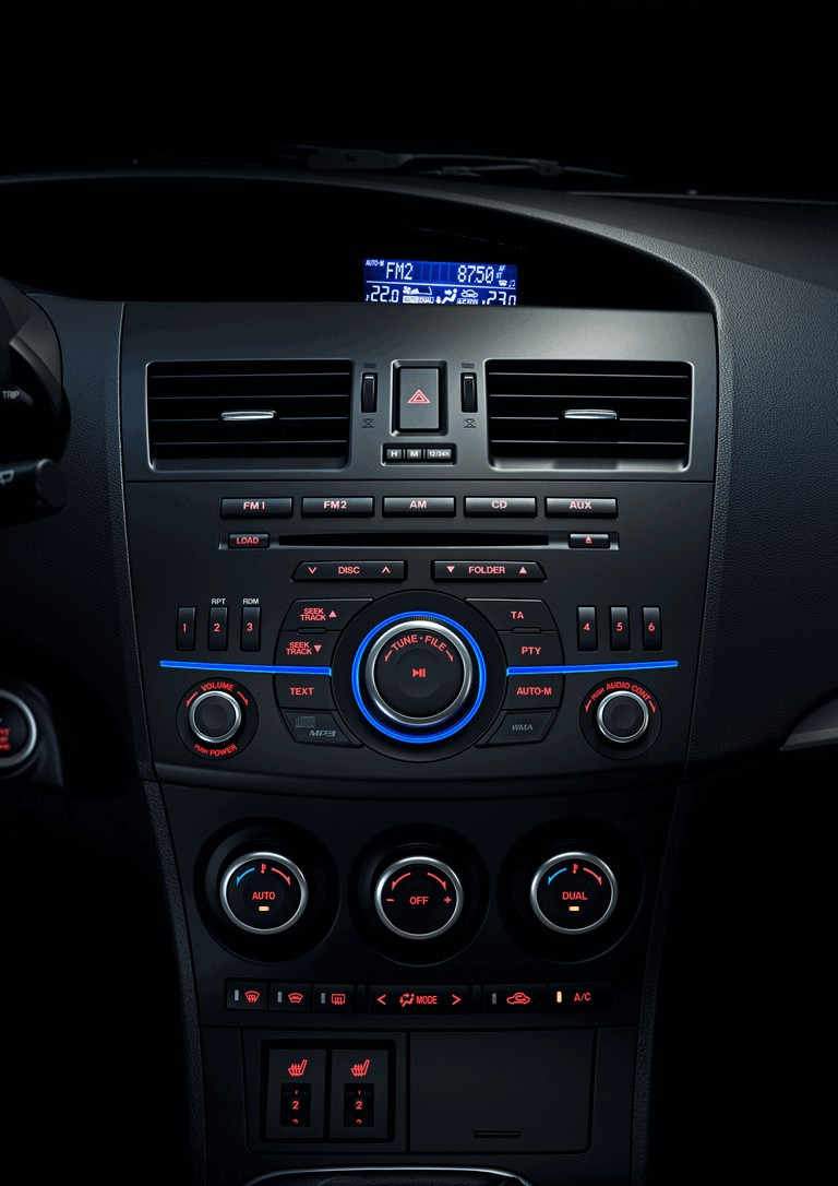 2011 Mazda 3 hatchback 319296