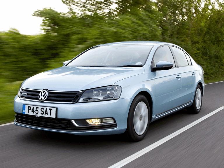 2010 Volkswagen Passat BlueMotion - UK version 316019