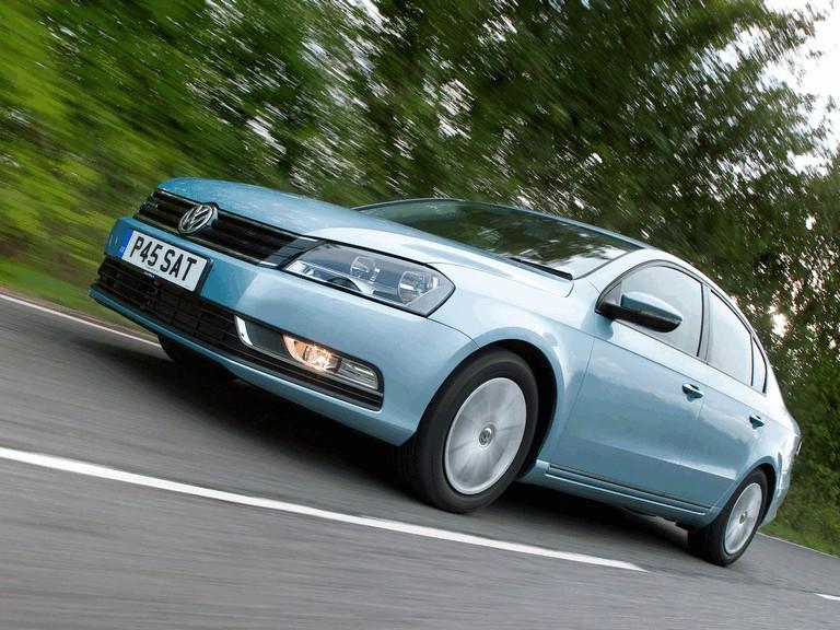 2010 Volkswagen Passat BlueMotion - UK version 316020