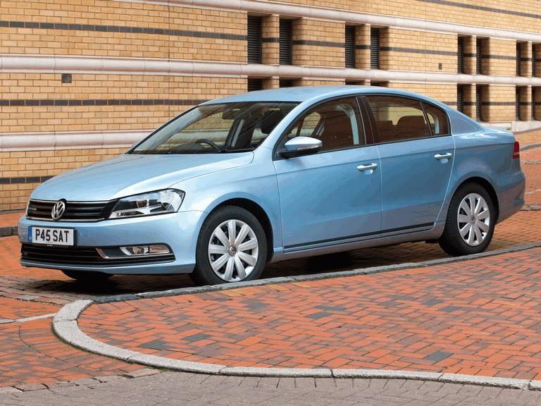2010 Volkswagen Passat BlueMotion - UK version 316022