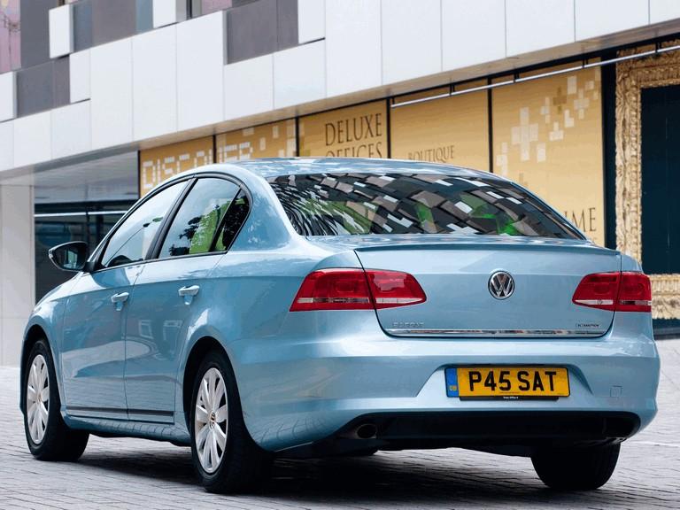 2010 Volkswagen Passat BlueMotion - UK version 316024
