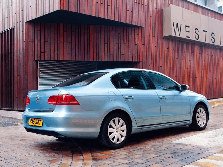 2010 Volkswagen Passat BlueMotion - UK version 316028