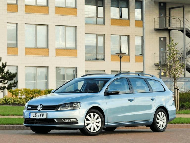 2010 Volkswagen Passat BlueMotion variant - UK version 316040