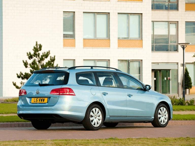 2010 Volkswagen Passat BlueMotion variant - UK version 316041