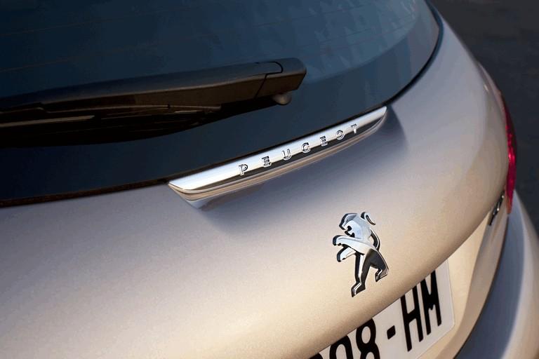 2011 Peugeot 208 5-door 338705