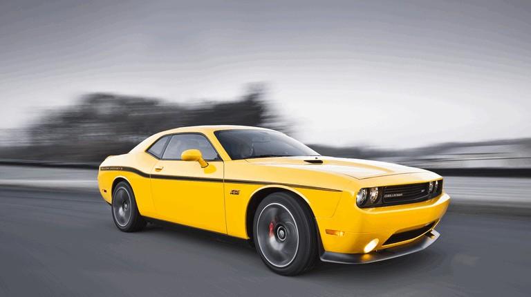 2011 Dodge Challenger SRT8 392 Yellow Jacket 321055