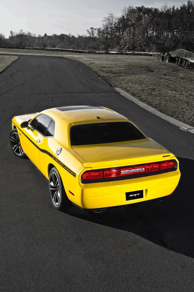 2011 Dodge Challenger SRT8 392 Yellow Jacket 321058