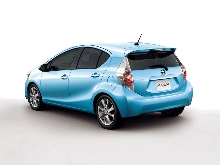 2011 Toyota Aqua 322469