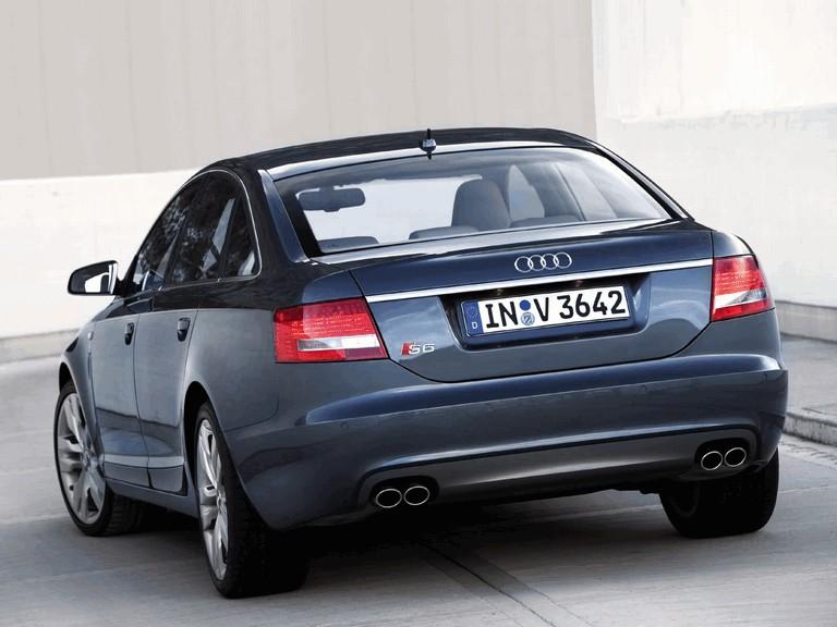 2006 Audi S6 211006