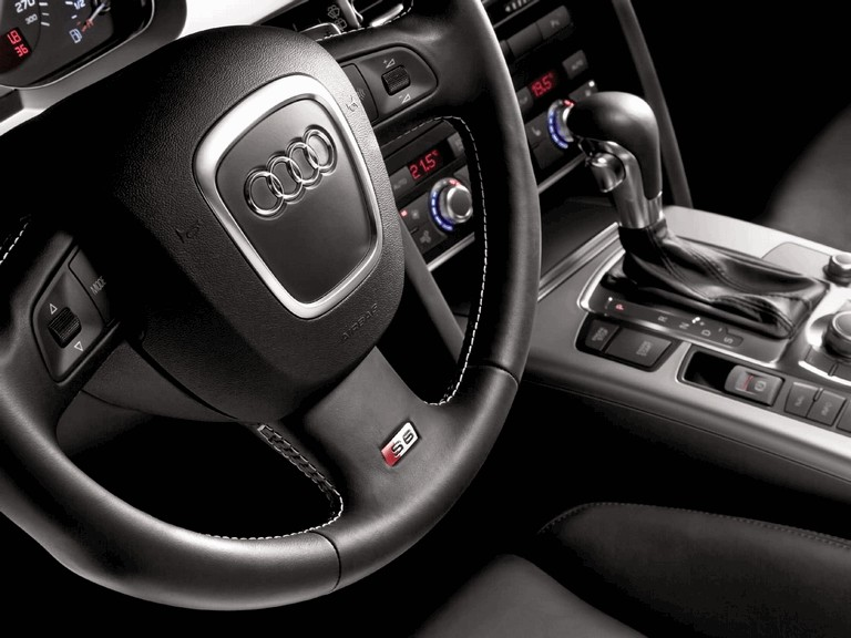 2006 Audi S6 211012