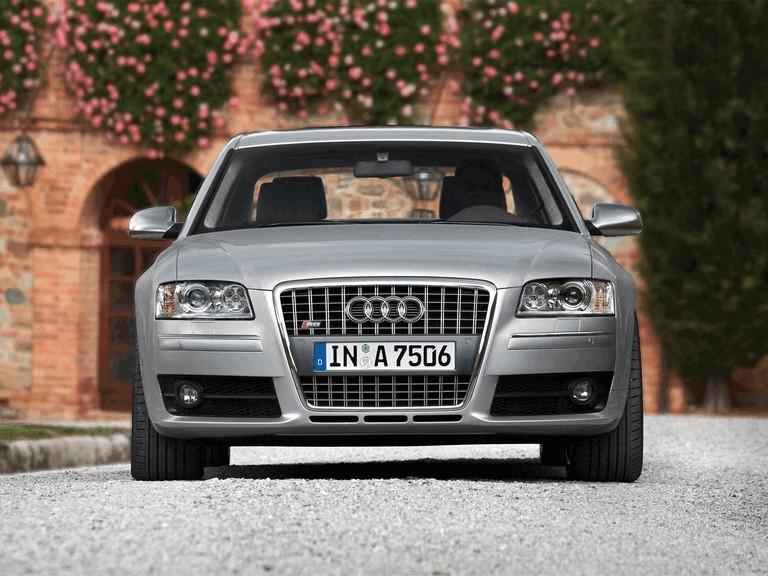 2006 Audi S8 211035
