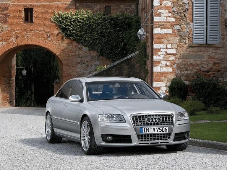 2006 Audi S8 211038