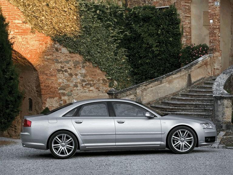 2006 Audi S8 211041