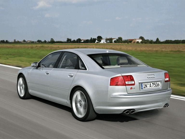 2006 Audi S8 211045