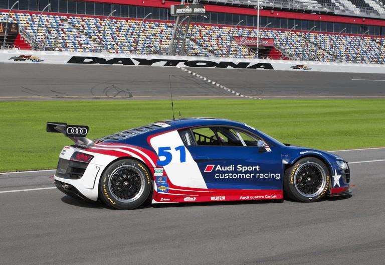 2011 Audi R8 Grand Am - test car 325280