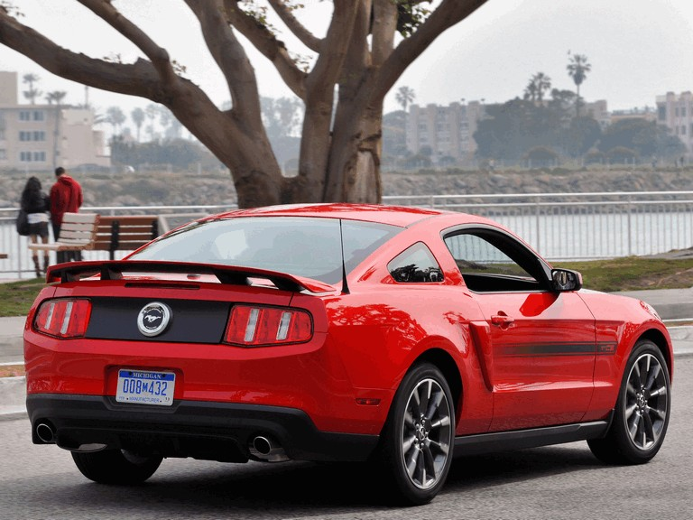2010 Ford Mustang 5.0 GT California special package 326391