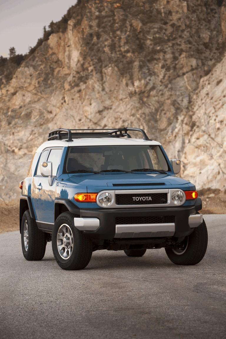 2012 Toyota FJ Cruiser 326522