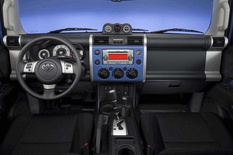 2012 Toyota FJ Cruiser 326540