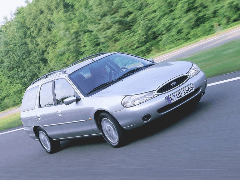 1996 Ford Mondeo station wagon 326645