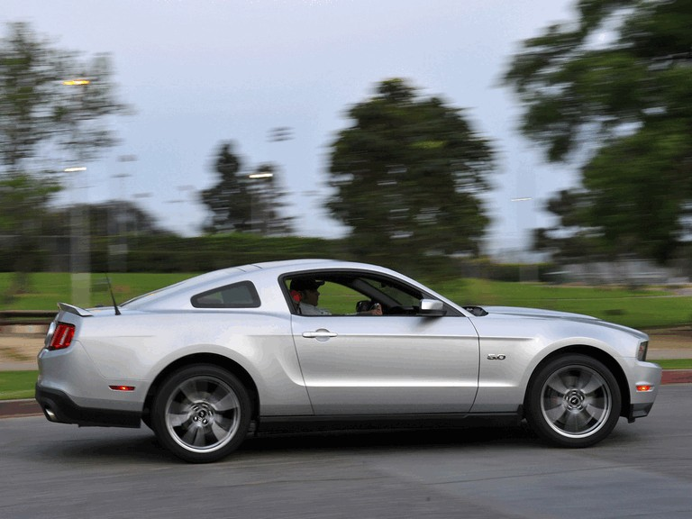 2010 Ford Mustang 5.0 GT 326678