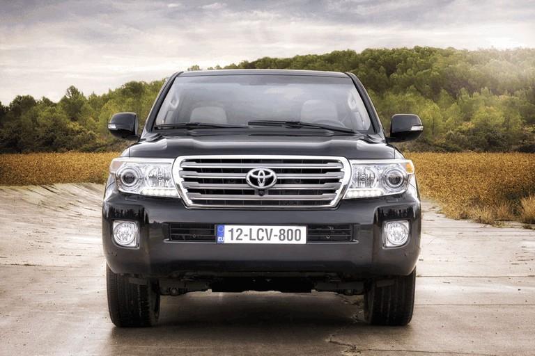 2012 Toyota Land Cruiser V8 330137