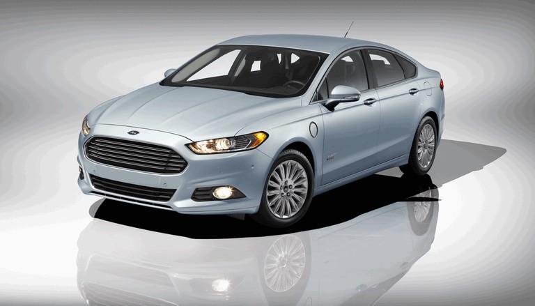 2012 Ford Fusion Energi 328478