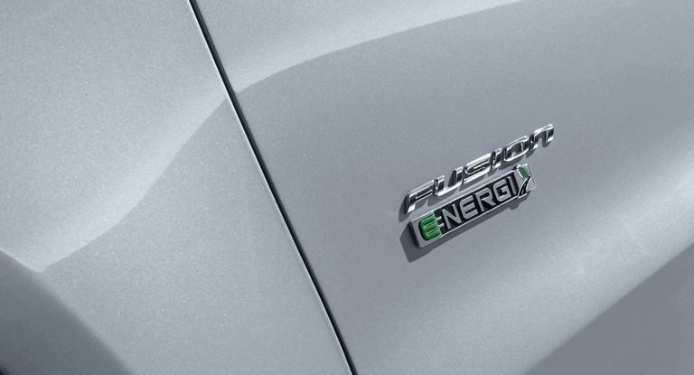 2012 Ford Fusion Energi 328482