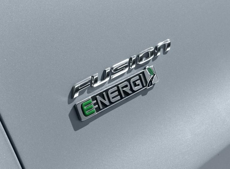 2012 Ford Fusion Energi 328483