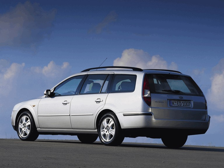 2000 Ford Mondeo station wagon 329650