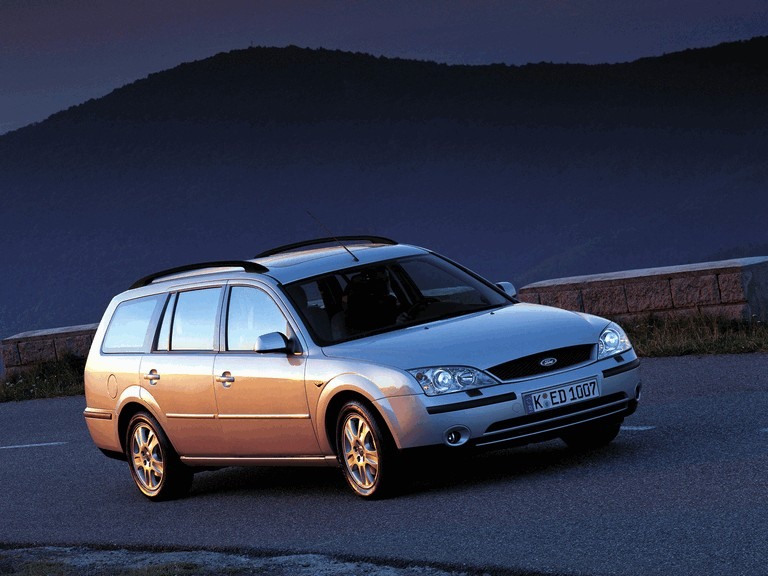 2000 Ford Mondeo station wagon 329651