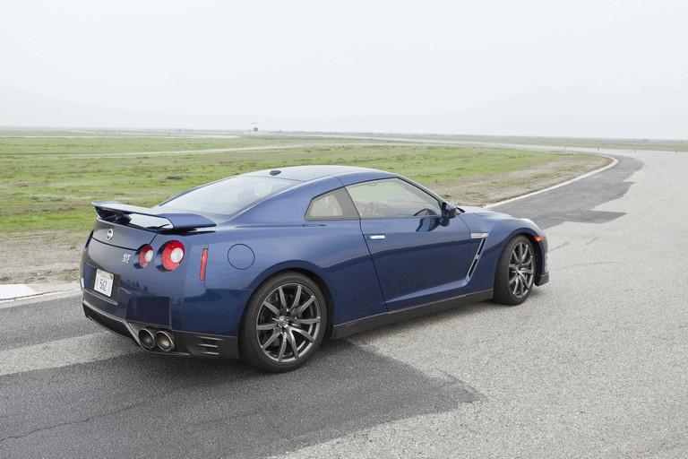 2012 Nissan GT-R ( R35 ) - USA version 330783