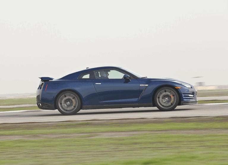 2012 Nissan GT-R ( R35 ) - USA version 330785