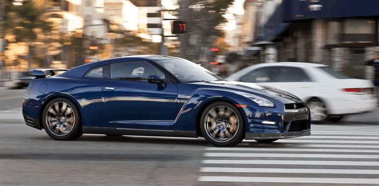 2012 Nissan GT-R ( R35 ) - USA version 330791
