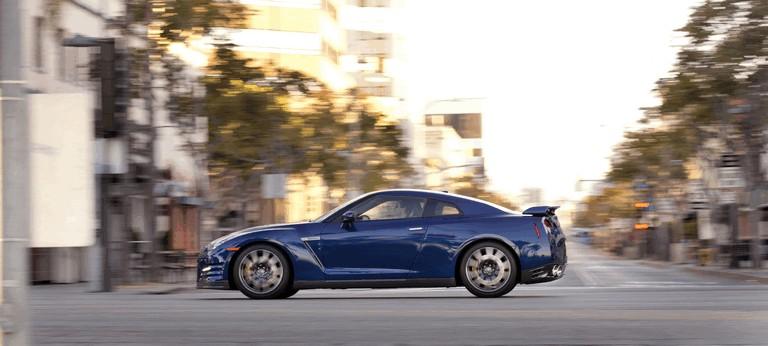2012 Nissan GT-R ( R35 ) - USA version 330792