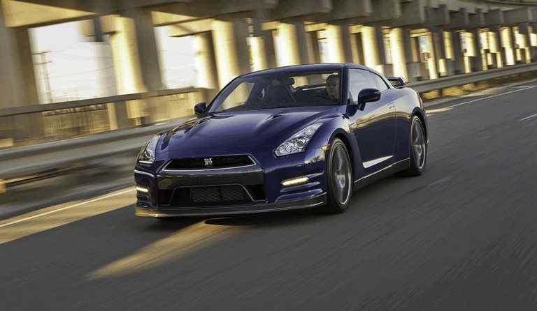 2012 Nissan GT-R ( R35 ) - USA version 330803