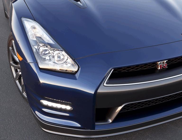 2012 Nissan GT-R ( R35 ) - USA version 330816