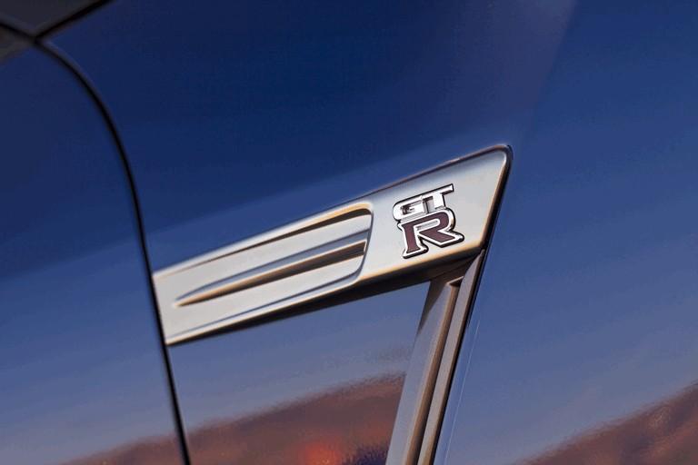 2012 Nissan GT-R ( R35 ) - USA version 330819
