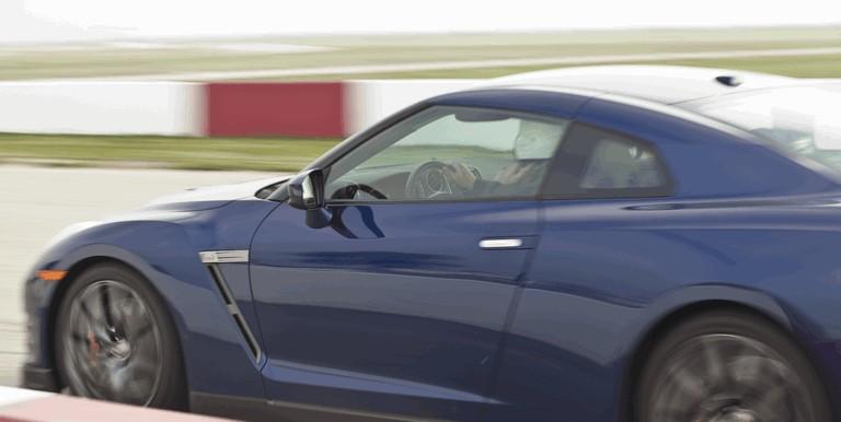 2012 Nissan GT-R ( R35 ) - USA version 330822
