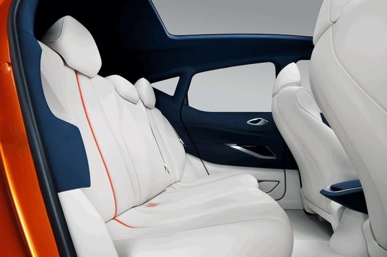 2012 Nissan Invitation concept 337684
