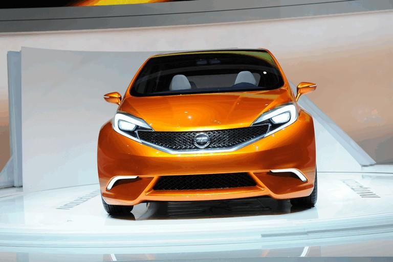 2012 Nissan Invitation concept 337705