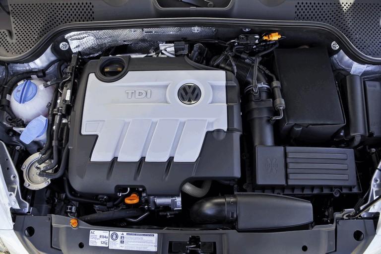 2012 Volkswagen Beetle TDI 332444