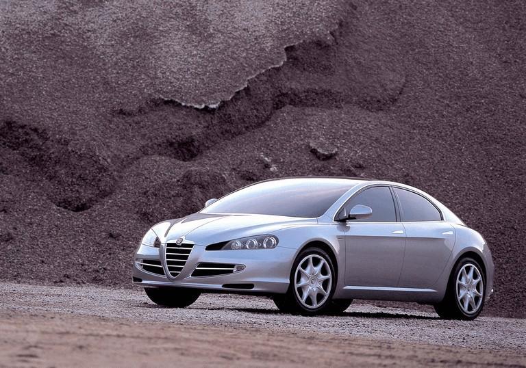 2004 Alfa Romeo Visconti concept by Italdesign 333156