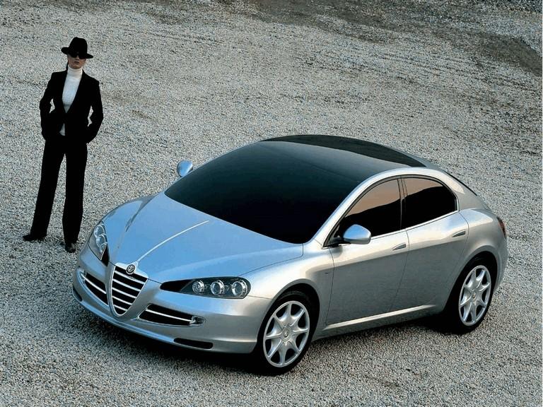 2004 Alfa Romeo Visconti concept by Italdesign 333160